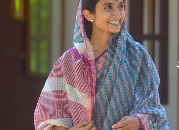 Devi: Handloom Maheshwari Saree