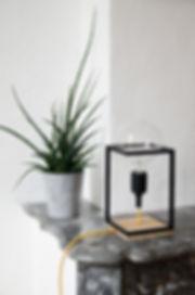 Lampe, luminaire Spoutnick design en bois et acier fabriquer en france à toulon.