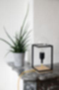 Lampe, luminaire design Spoutnick en bois et acier fabriquer en france à toulon.