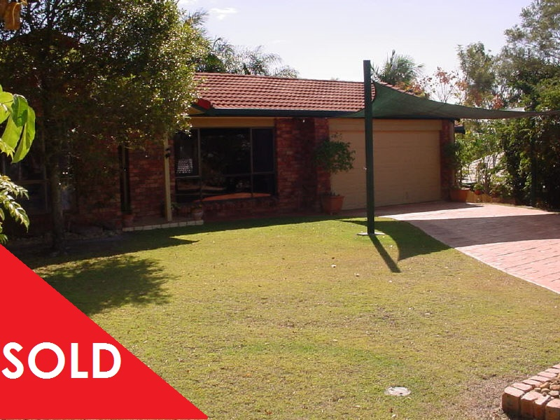 6 Rianna St SOLD