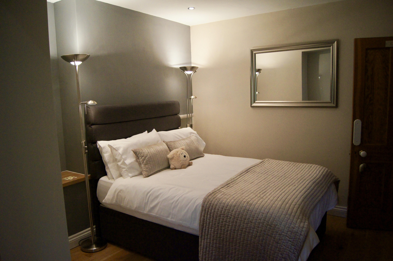 Cribyn Bedroom