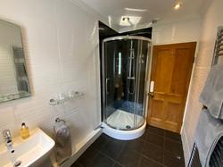 Bathroom Cribyn