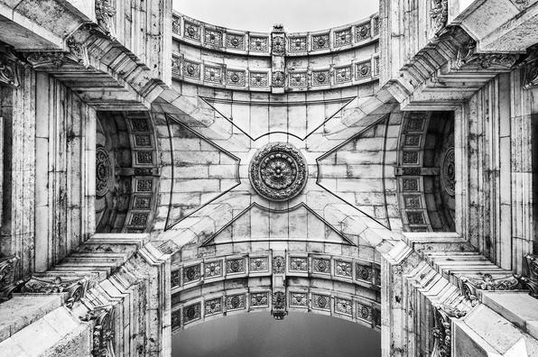 24 - Lisbon Arco Triunfal da Rua - Lines