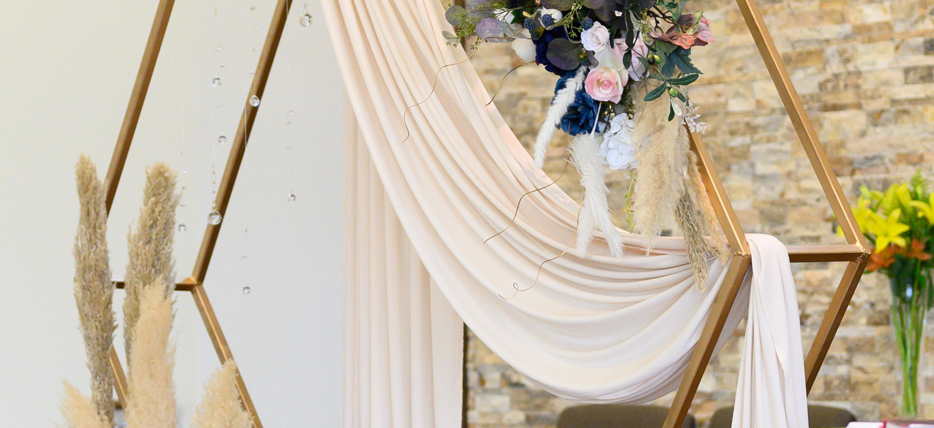 031_Lorena and Mike's Wedding day.jpg