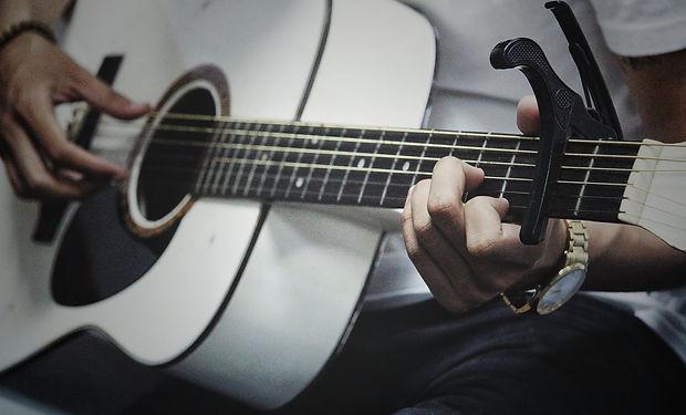 set-acoustic.jpg