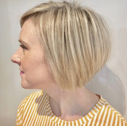 Highlighted stacked bob