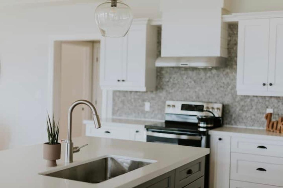 Lakehouse Kitchen