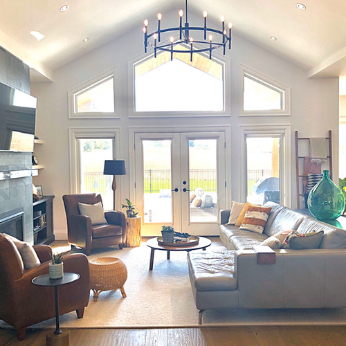 Bright, Open-Concept Great Room