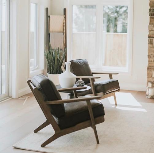Lakehouse Living Area
