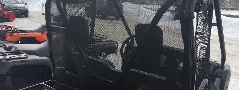 Filet anti-vent arrière Honda Pioneer 500 rear windscreen