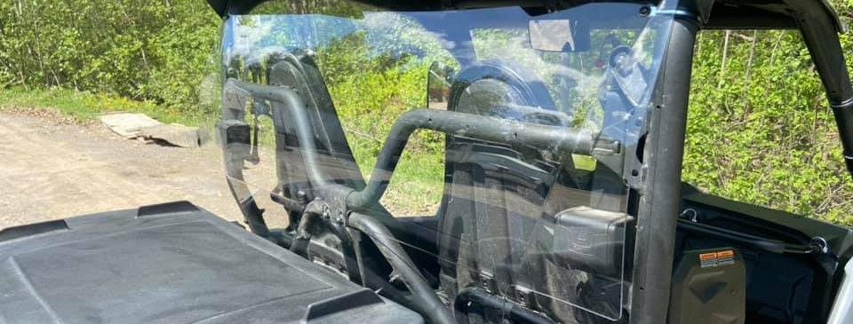 pare-brise arrière / rear windshield, Wolverine X2