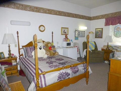 bedroom picture.jpg