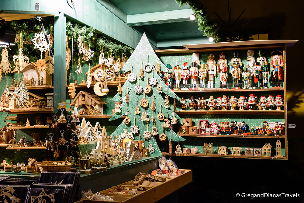 Handmade toy soldiers, Hellbrunn Castle, Salzburg Austria, Travel blog, Christmas Fair, Advent Market