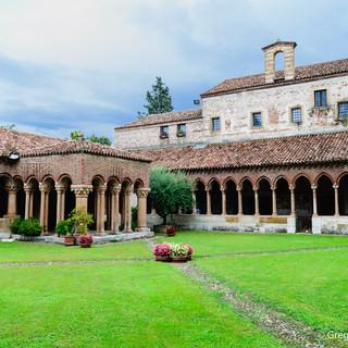Courtyard of Basilica San Zeno Maggiore