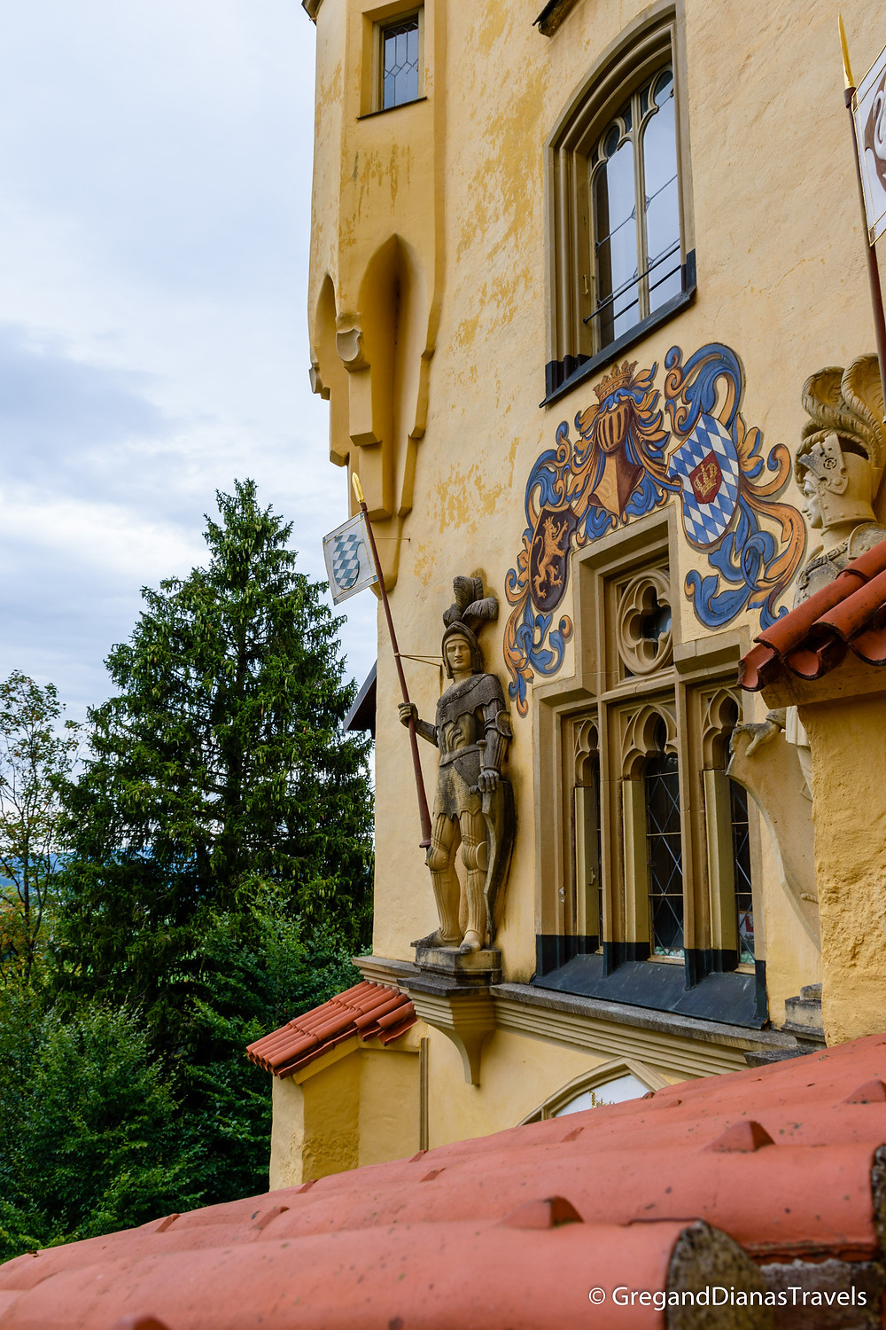 Hochenschwangau Castle, Bavaria Germany, Travel blog, Travel photography, Sculptures of knights