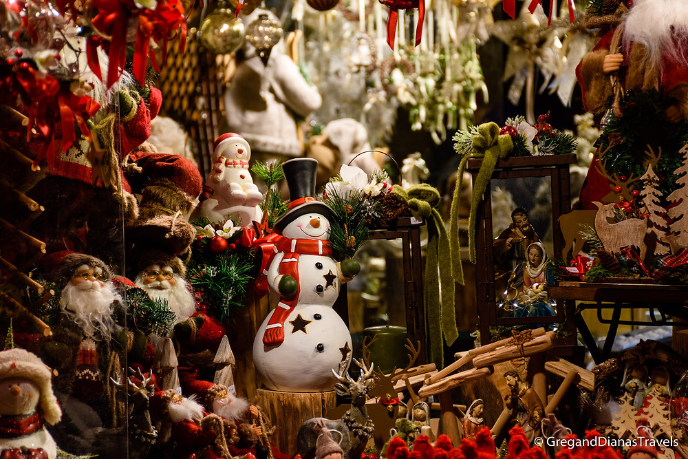 Handmade Christmas decoration, Hellbrunn Castle, Salzburg Austria, Travel blog, Christmas Fair, Advent Market