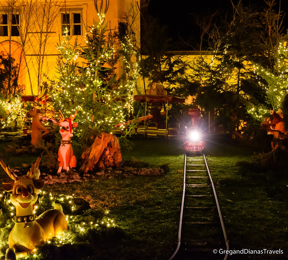 Small train for kids, Hellbrunn Castle, Salzburg Austria, Travel blog, Christmas Fair, Advent market