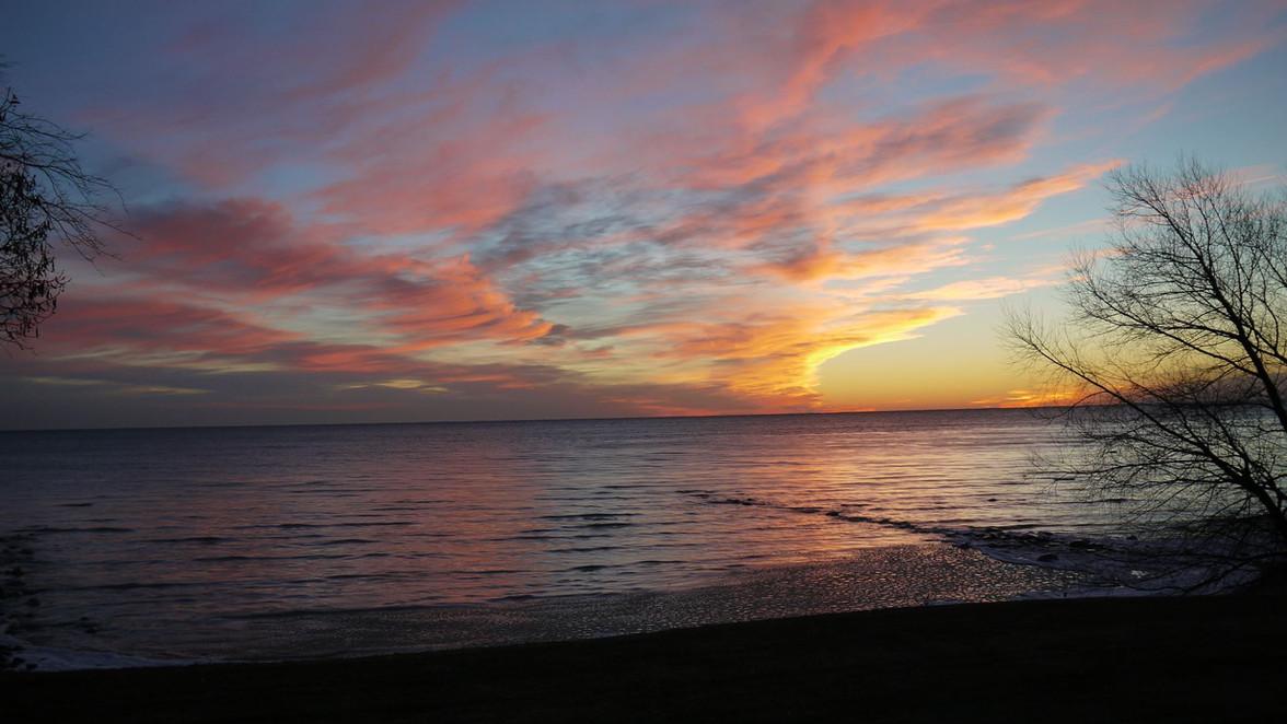 Winter sunrise - dave tubbs.jpg