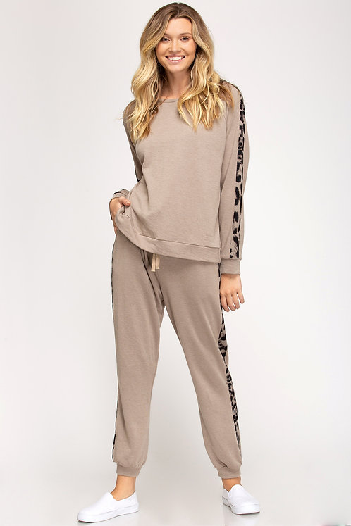 SHE AND SKY FRENCH TERRY LOUNGE PANT MOCHA