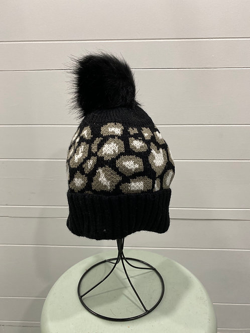 BLACK TOQUE WITH BROWN & WHITE SPOTS