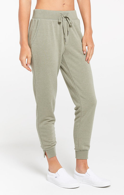 Z SUPPLY CYPRESS LOOP TERRY JOGGER MEADOW GREEN