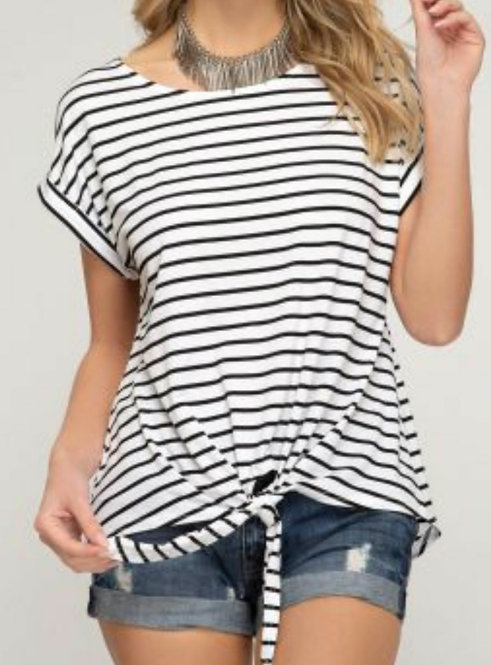 SHE AND SKY STRIPPED FRONT TIE TOP