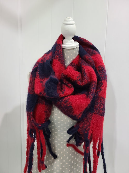 RED AND BLUE PLAID FUZZY SCARF