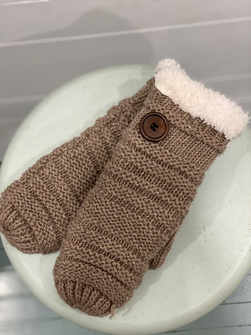 WELLCO TAUPE MITTENS WITH BUTTON