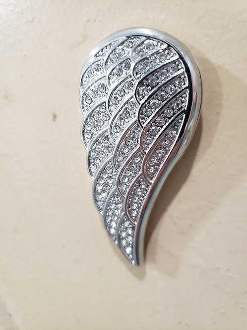 SILVER METAL JEWELED MAGNETIC BROACH