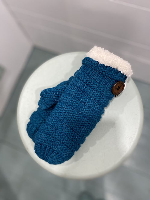 WELLCO MITTENS TEAL WITH BUTTON