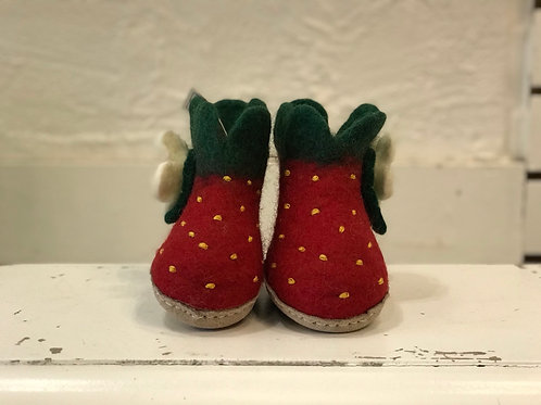 KIDS STRAWBERRY SLIPPERS