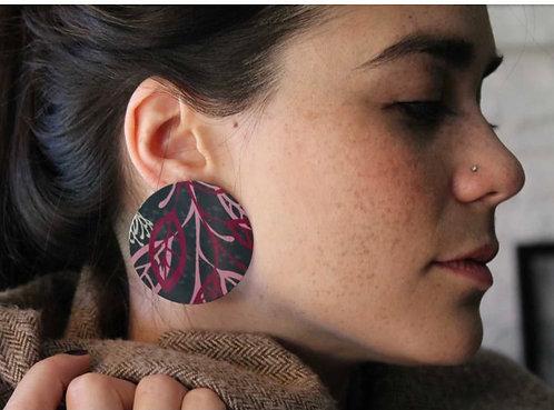 GIFTOLOGIE LARGE PINK LEAF EARRINGS