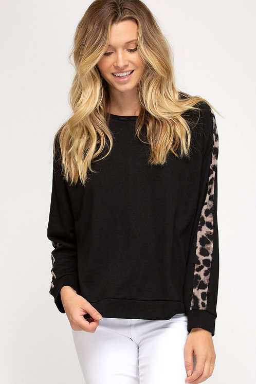 SHE AND SKY FRENCH TERRY LOUNGE TOP BLACK