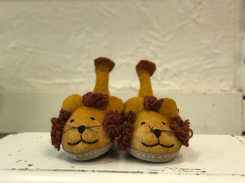 KIDS LION SLIPPERS