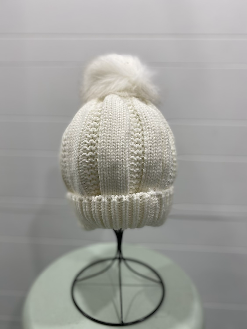 WHITE PEARL KNIT TOQUE WITH WHITE POMPOM