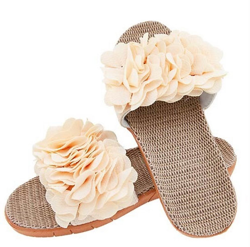 BY CHANCE FLORAL SLIDE CREAM