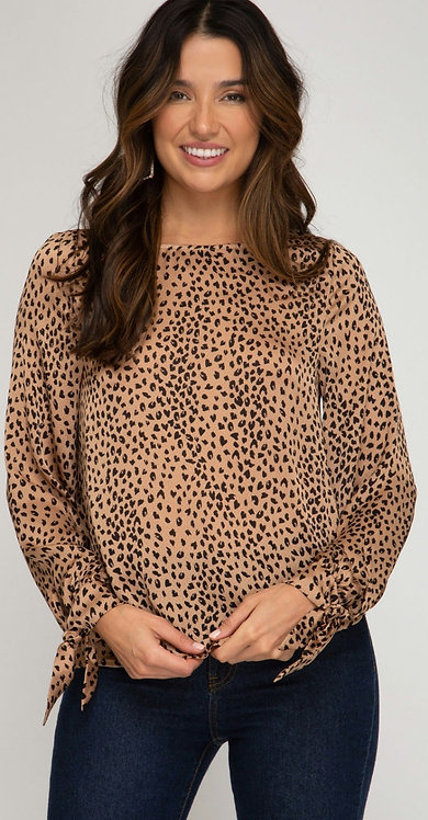 SHE AND SKY LEPOARD TIE SLEEVE TOP