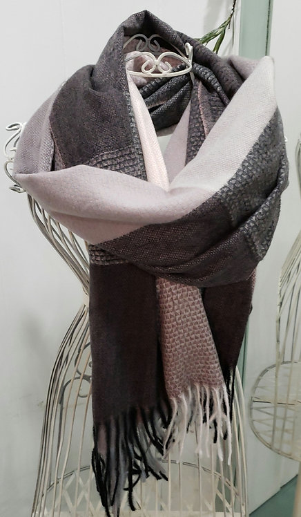 WELLCO GRAY AND MAUVE PLAID SCARF