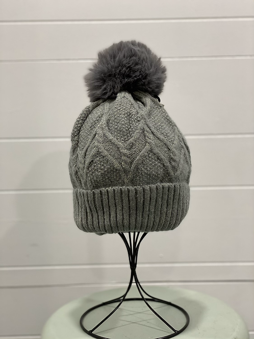 GREY TOQUE WITH GOLD THROUGHOUT