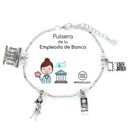 PULSERA DE LA EMPLEADA DE BANCO