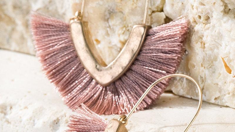Mini Hammered metal v-shape with fine thread tassel dangle hook earrings