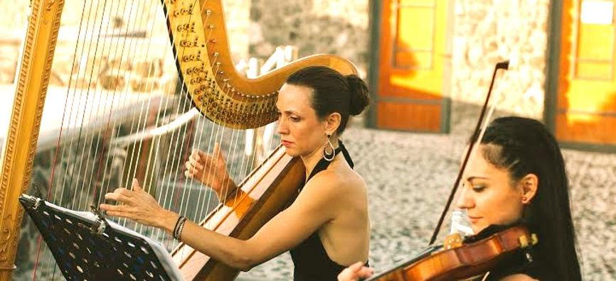 Violin and Harp 5 Santorini_edited.jpg