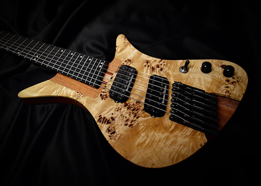 Crios Guitars Overlord 1.jpg