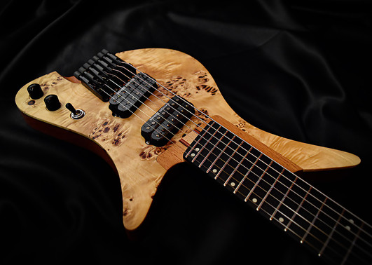 Crios Guitars Overlord 3.jpg
