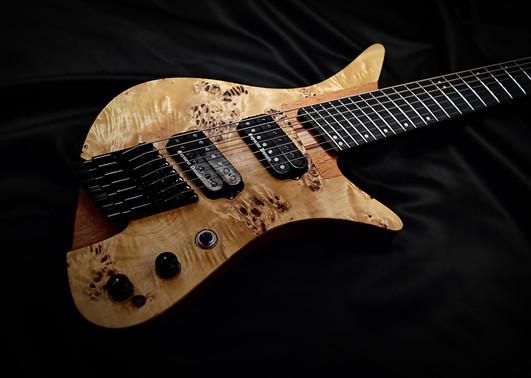 Crios Guitars Overlord 2.jpg
