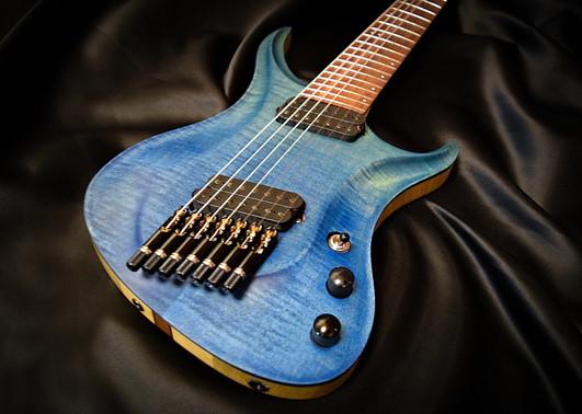 Crios Guitars Kolibri 7.jpg