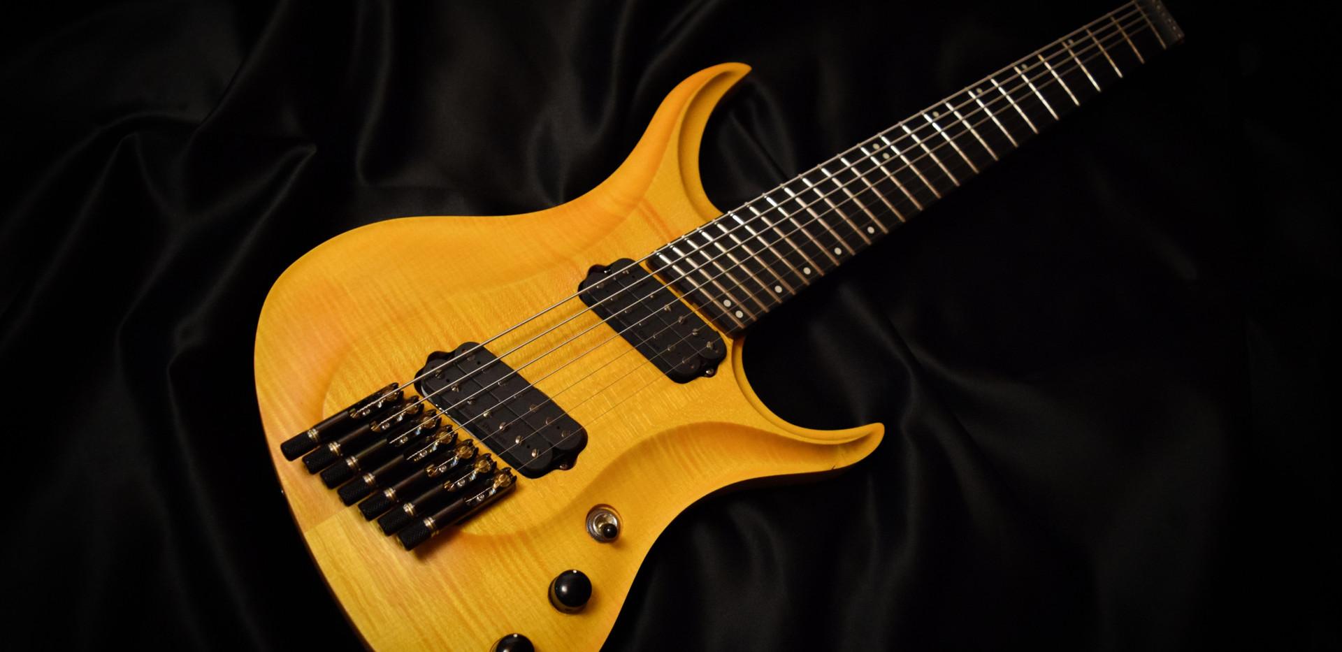 Crios Guitars Kolib ri 4.jpg