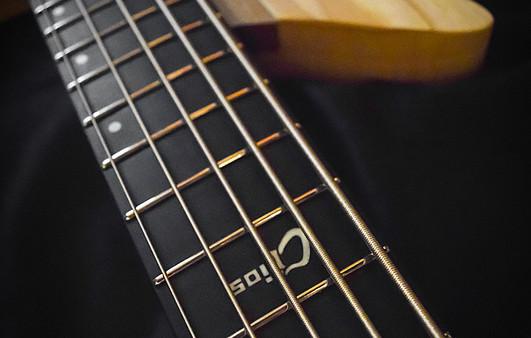 Overlord Bass Crios 4.jpg