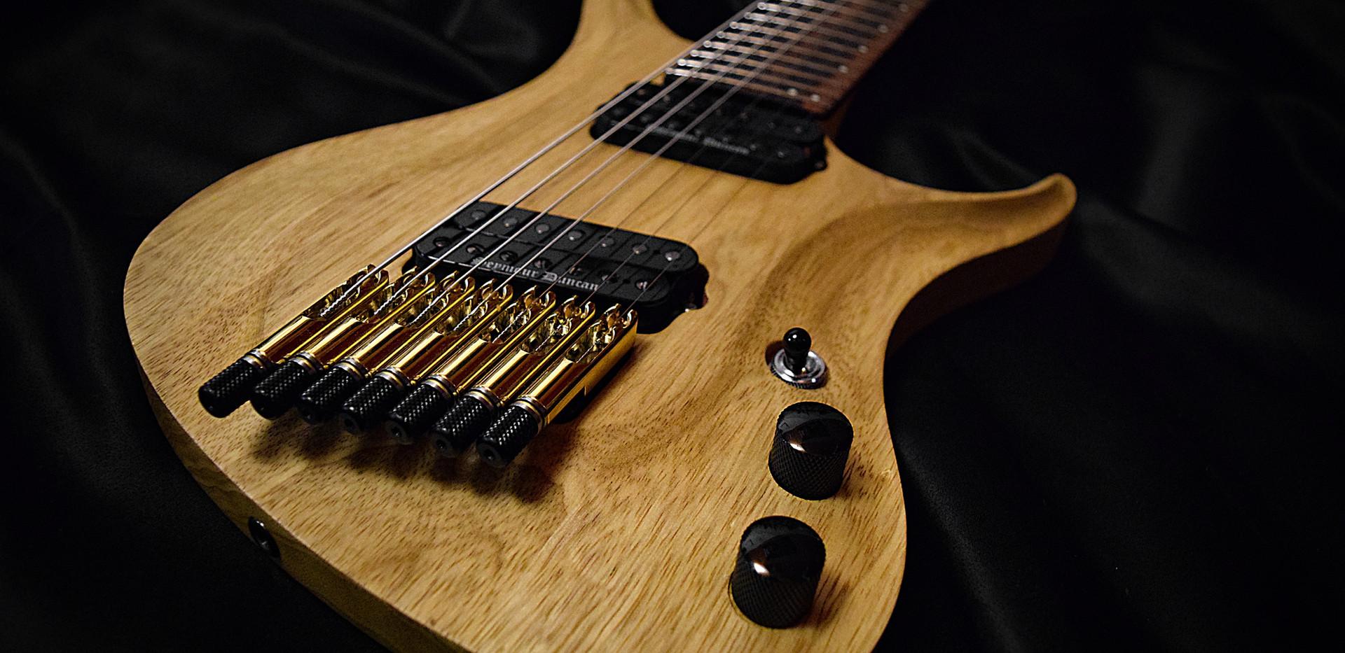 Crios Guitars Kolibri 8.jpg