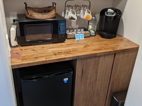 Canyon Room kitchenette is complette!